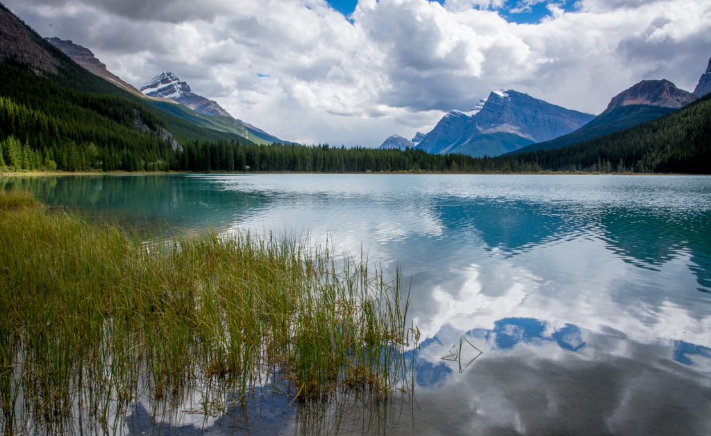 canadian-rockies-lake-2